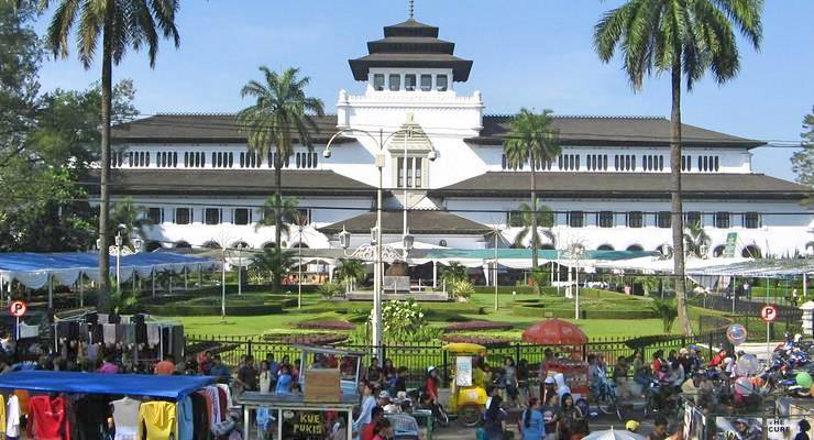 Objek Wisata Bandung Pembangunan Gedung Sate (Androphedia.com)