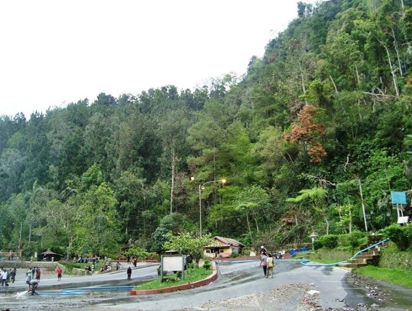 Pemandangan Hijau Yang Indah di Resor Kaliurang (Paket Wisata Jogja)