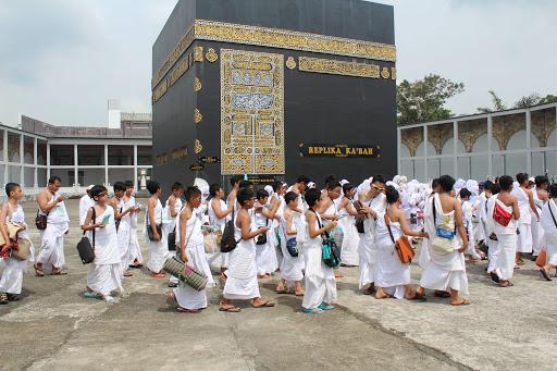 Manasik Fatimah Az zahra Semarang (SD Islam Al azhar 29 Semarang)