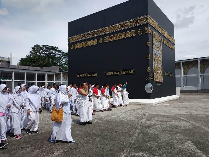 Ponpes Fatimah Az zahra Semarang (SMP Multazam Semarang)
