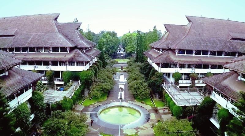 Gedung ITB, Wisata dibandung (manajemen-ti.com)