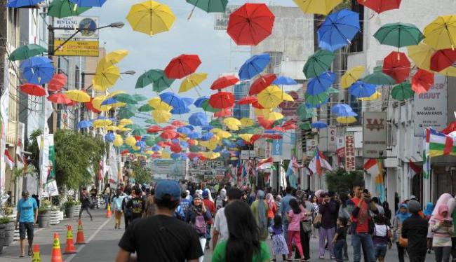Tempat Wisata Jalan Braga Bandung (ayooberita.com)