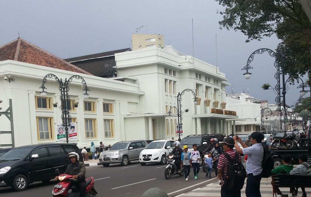 Tempat Wisata dibandung Gedung Merdeka Tempo Dulu (news.detik.com)