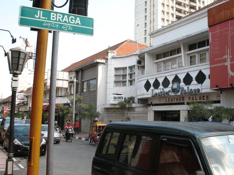 Wisata di Bandung Jalan Braga Tempo Dulu (brilio.com)