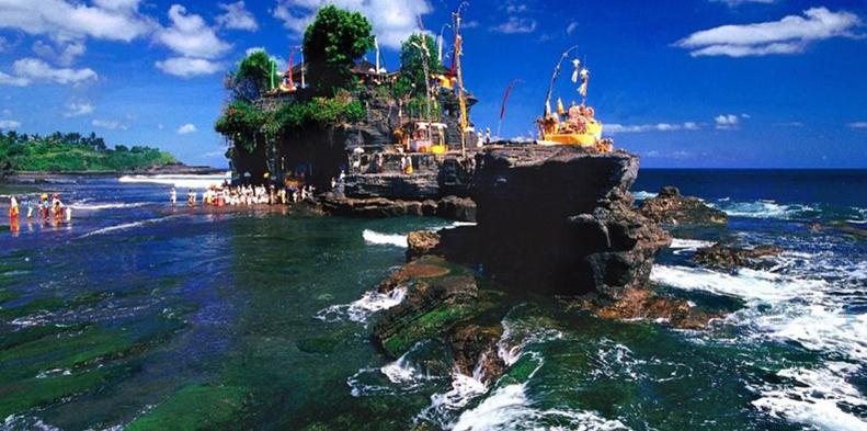Pesona Indonesia Potret Keindahan Tanah Lot di Bali