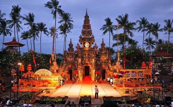 Wonderful Indonesia Taman Budaya Bali (Pinterest)