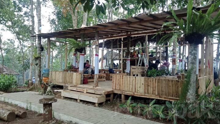 Wisata alam dan wahana agro edukasi di bukit lestari Tasikmalaya (Koropak Tour)