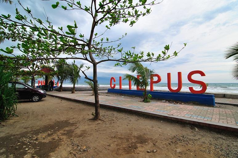 Tempat Wisata Pantai_Citepus_Sukabumi Jawa Barat